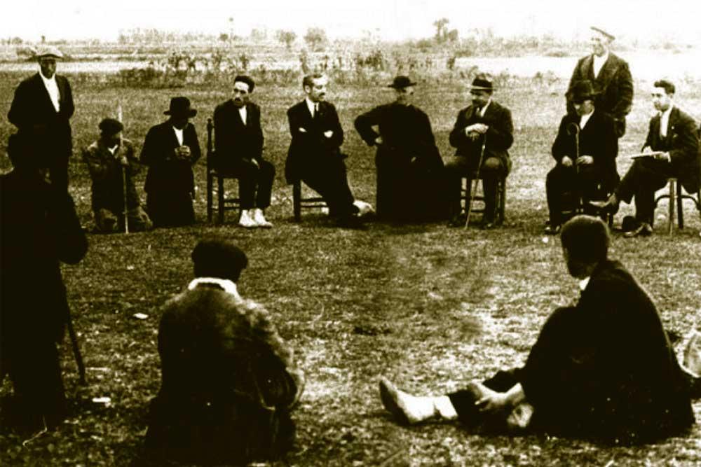 foto reunión concejo abierto antigüedad