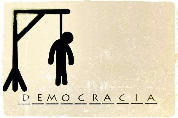 DEMOCRACIA Y COMPROMISO
